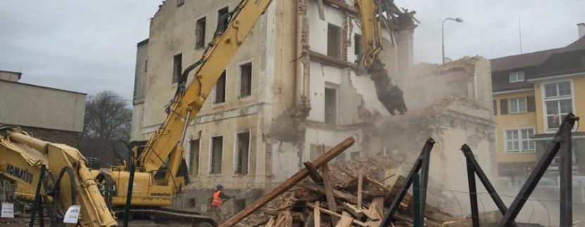 rezidence-klostermann-demolice-zchatrale-budovy-36